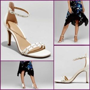 a new day Enya White Studded Pump Heels 8.5M